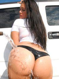 Latina con culo de diosa (Cynthia Bang/Yazmina melendez)