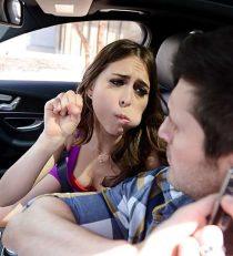 Riley Reid Mi Esposa La Come-Policias