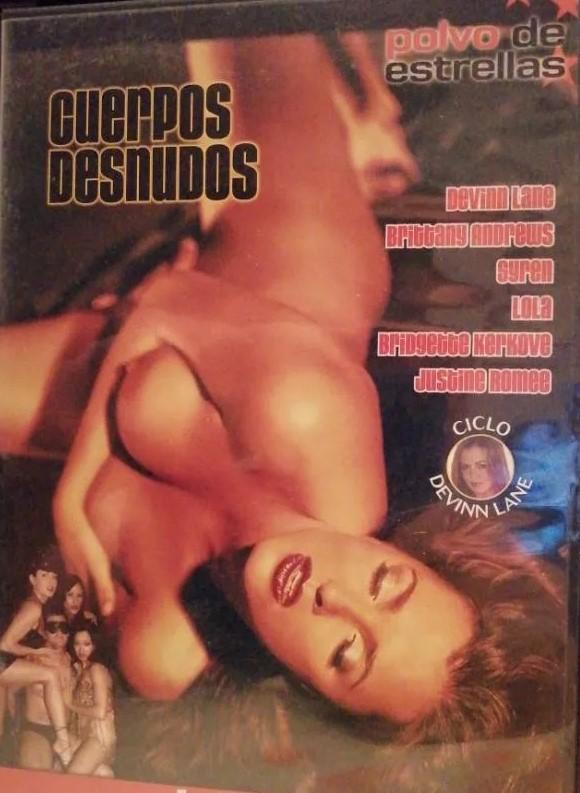 Cuerpos desnudos